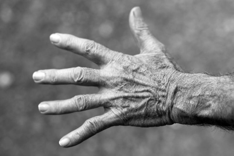 Ver envejecer a nuestros padres: ¿cómo lo vivimos?